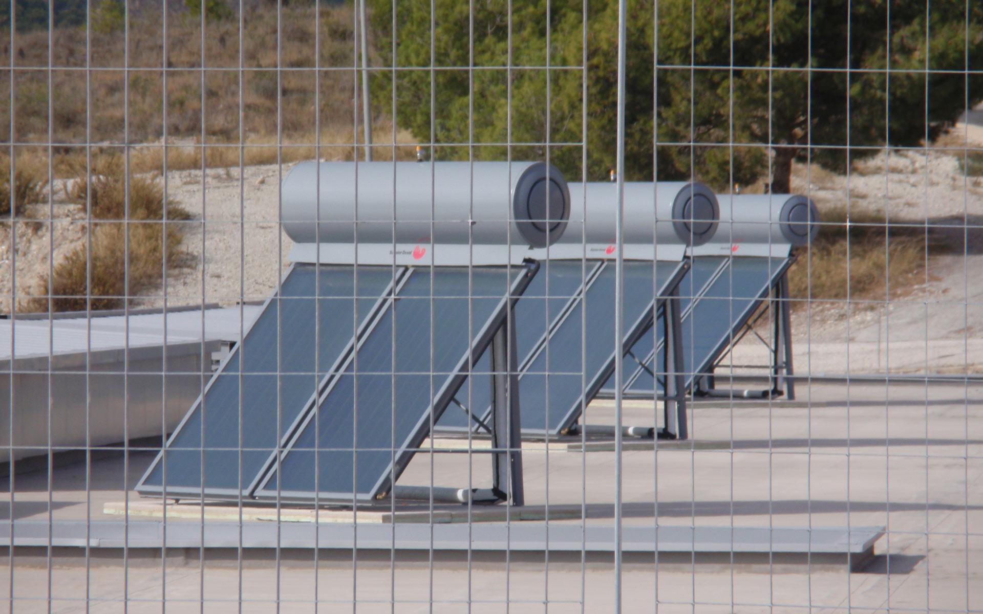 abatec-instalaciones-obras-realizadas-ceip-finestrat-solar-termico-01
