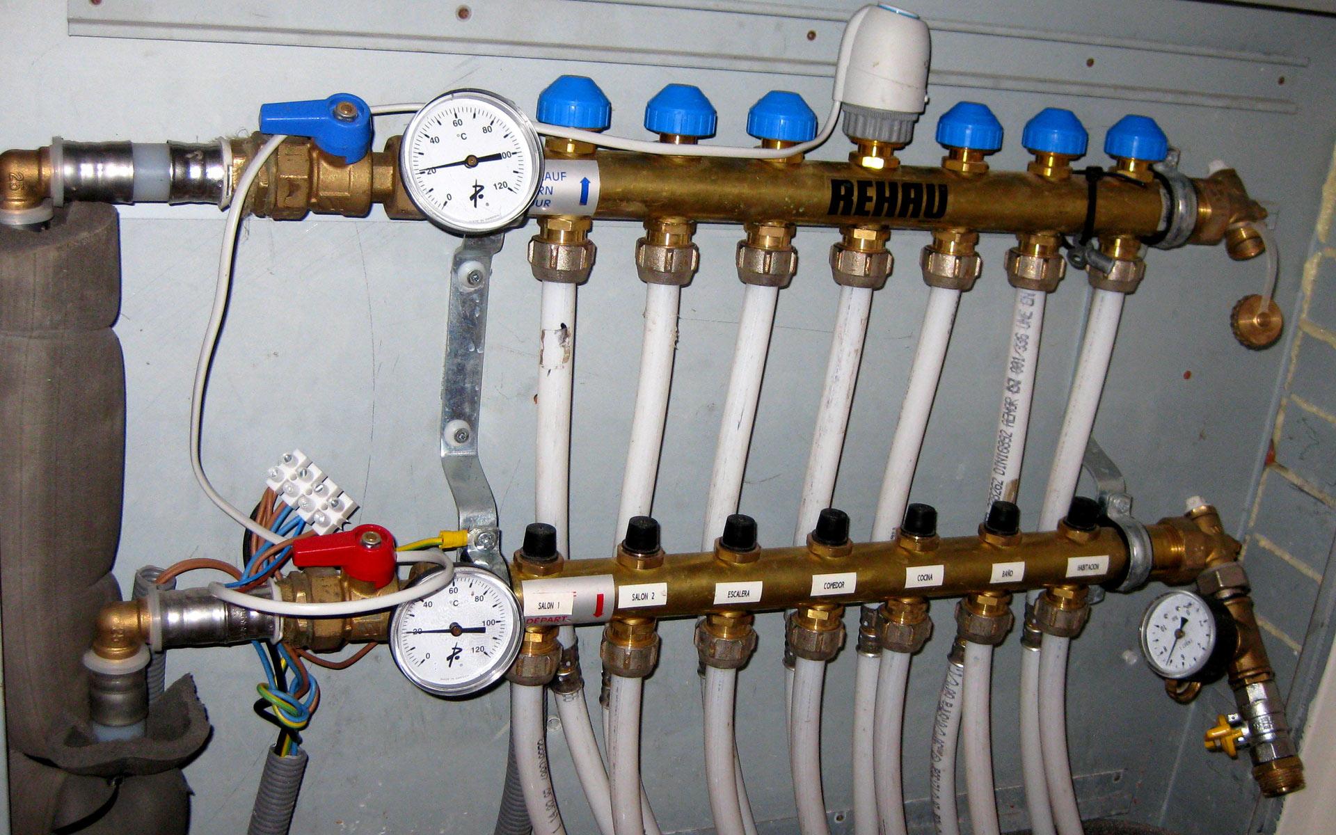 abatec-instalaciones-obras-realizadas-suelo-radiante-vivienda-02