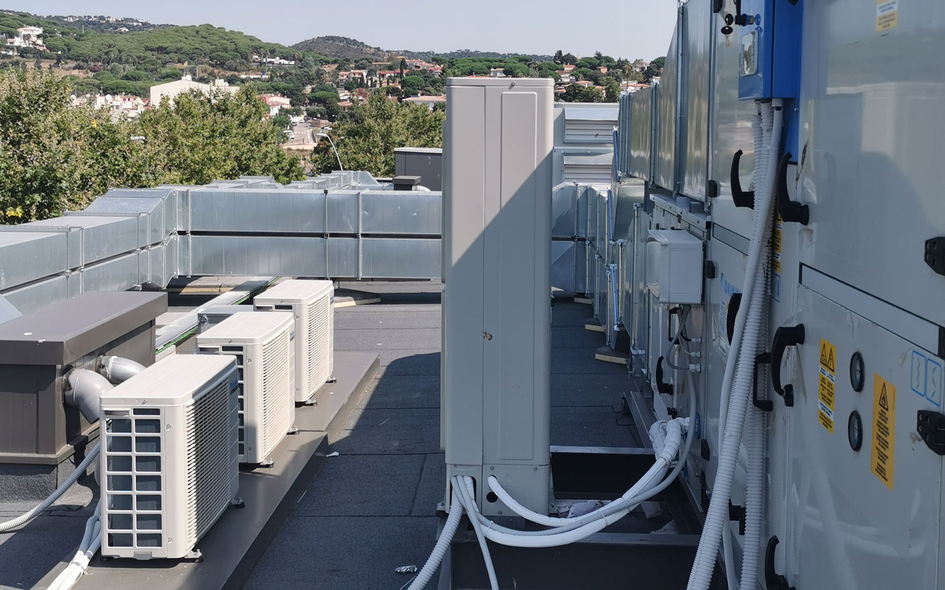 abatec-instalaciones-residencia-playa-de-aro-climatizacion-industrial-03